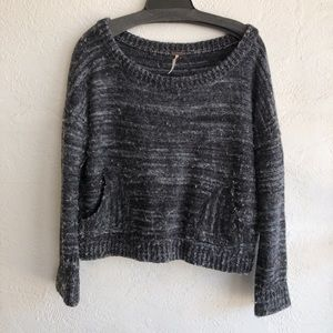 Free People grey sweater top with pockets